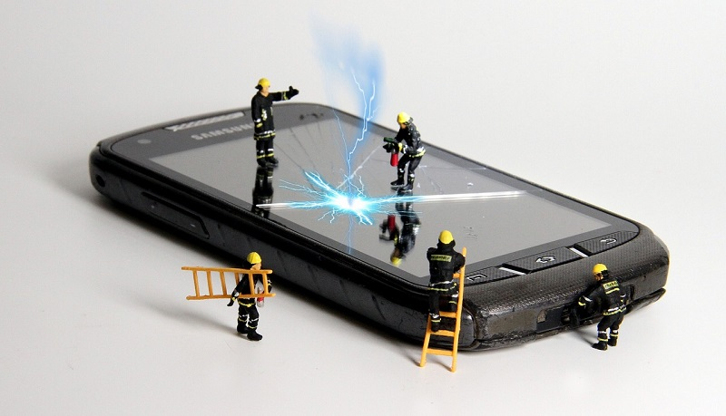 Pointers in Finding the Best Mobile Phone Repair Service
